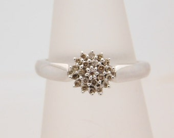 0.25 Carat T.W. Round Cut Diamond Cluster 14K