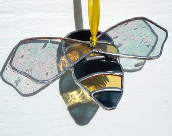 Stained Glass 'Solitary Bee' Sun Catcher,Window/ Wall Art,Mixed Yellow, Clear Iridised & Black Glass,Honey,Bees, Beekeeper,Birthday Gift.