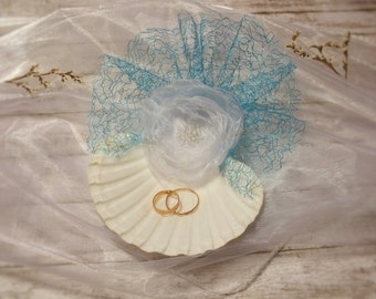 Natural Seashell ring holder , Beach Wedding Ring Bearer