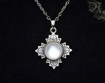 """Necklace """"Sanctuary"""" - white version"""