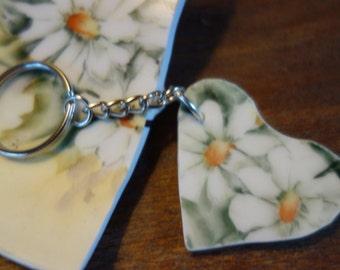 Broken china keychain, broken plate keychain, heart keychain, daisy keychain, flower keychain, upcycled keychain