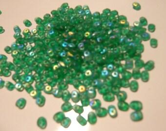 10g Czech SuperDuo Beads Matte Emerald AB