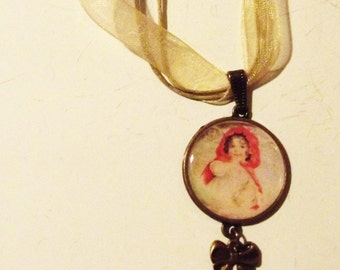 "Necklace "" Le petit chaperon rouge"""