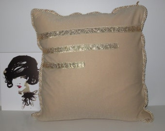 Handmade cushion – Diva
