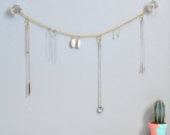 Chainlink Jewelry Hanger - Jewelry Display & Organizer