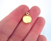 8mm gold plated bezel settings with or without matching glass cabs