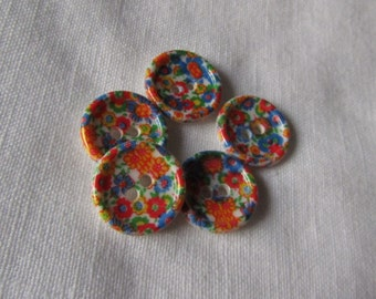 Vintage Retro Plastic Flower Patterned Buttons
