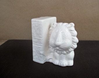 Vintage White Ceramic Stylized Mod Lion Bookend