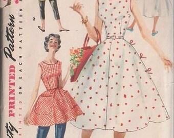 1662 Vintage 1950's Wrap Dress UNCUT Sewing Pattern Bust 38