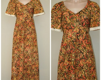 Vintage 60s 70s African Ethnic Swirl Print Festival Groovy Hippie Dress Empire Waist Caftan Maxi Dress sz S