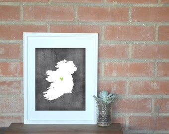 Ireland Chalkboard Country Map. Ireland Personalized Map. Wedding Map Art. Wedding Gift. Housewarming Gift. Art Print 8x10.