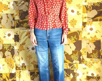 1970s vintage red and gold lady boss blouse shirt top// womens top// small medium