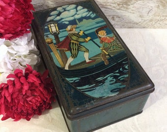 Beautiful Antique Italian Tin Box, Venice Gondolier, Large Green Box, Confection or Biscuit Tin, Gondola Boat, Vintage Keepsake Box