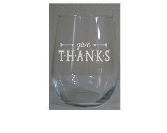 Personalized 15 oz Thanksgiving Themed Stemless White Wine Glasses - Laser Engraved