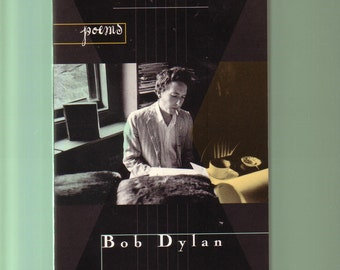 Tarantula :  poems, by Bob Dylan. St. Martins 1994 Edition In Very Good Condition. Urban Spontaneous Poetry, Writings, 1966.