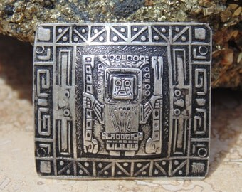 Vintage Detailed Sterling Silver Peruvian Tribal Brooch / Pin