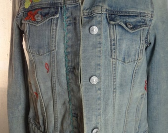 Vintage gap embroidered denim jean jacket - embroidered with flowers on front, back and side.  FREE SHIPPING