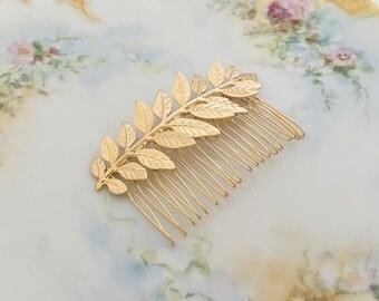 Gold Leaf Hair Comb.Gold Branch Hair Comb.Gold Leaf Bridal headpiece.Leaf fascinator.Gold Leaf hair accessory.wedding hair piece.Grecian