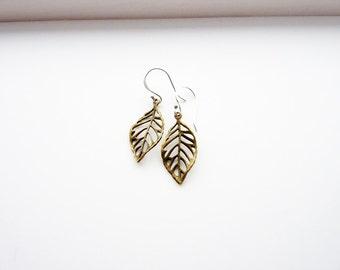 Leaf Earrings/ Sterling Silver Hook Earrings/ Leaf Dangle Earrings/ Drop Earrings/ Plant Jewellery/ Botanical Earrings/ Nature Earrings