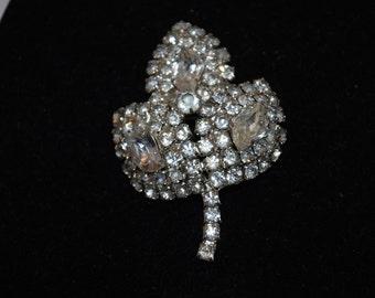 Rhinestone Leaf Brooch Silver Tone