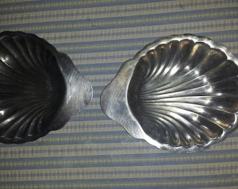 Antique  silver plated dishes/ clam shell/ shells/ silver plated/ vintage