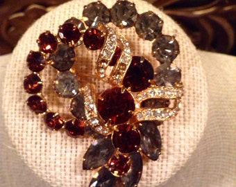 Eisenberg Amber and Grey crystal and rhinestone brooch