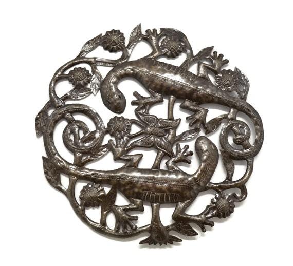 "Small Gecko in the Garden, Haiti Spring Metal Collection 17"" x 17"""