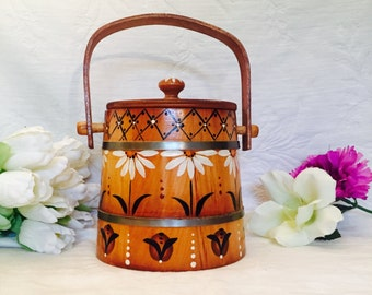 Tole Painted Firkin, Wooden Decor, Daisy Tole Painted Wood Pail, Farmhouse Decor, 1981 Wood Firkin