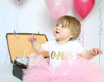 Baby girls 1st Birthday tutu birthday pink personalised white gold one set photo prop cake smash