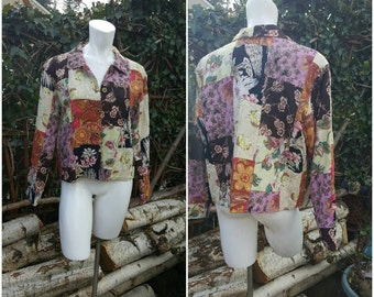 305--Vintage patchwork coat-Size medium-Womens fashion-Retro-Hip-Boho-Teen-Sassy-Sporty-Buttons-Country-Farming-Eco-Clean living-Vintage