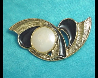 Vintage Black and White Abstract Brooch Pin