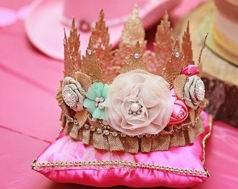 Lace crown, birthday crown, photo prop.