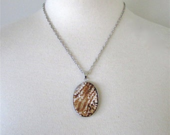 Amber Agate Stone Pendant Necklace