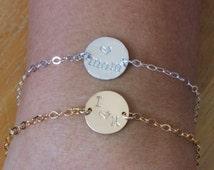 Mother and Daughter Bracelet , Mother and Daughter Bracelet set , Love Mom Bracelet , Personalized Bracelet , Gold / Silver Disc Bracelet
