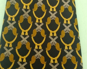 Vintage Gucci Silk Tie Dueling Pistols Theme Free Shipping