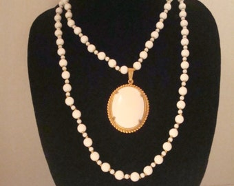 Exquisite signed Miriam Haskell pendant necklace