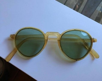 Antique vintage Wh sunglasses made in Canada Green GLASS LENS Wh EMBOSSED