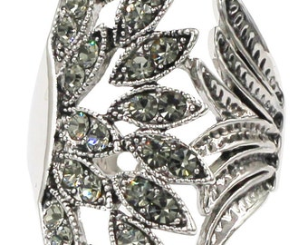 Elegant asymmetry peacoc crystal ring