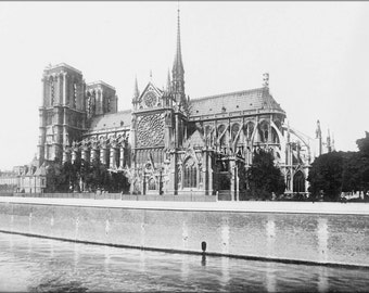 24x36 Poster . France, Notre Dame Cathedral, Paris. 1916