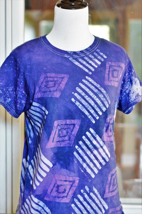 purple blue batik t shirt african tee shirt handmade. Black Bedroom Furniture Sets. Home Design Ideas