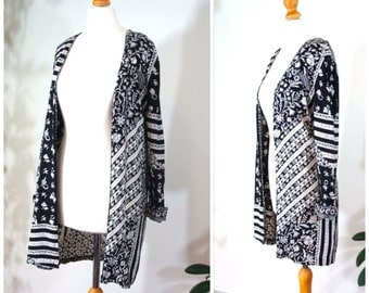 Vintage 1990's light jacket / top / black and White floral print / small