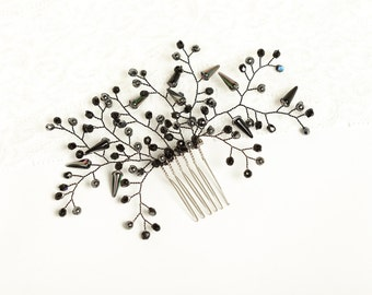 Black crystal hair comb Gothic headpiece Black crystal headpiece Black bridesmaid headpiece Gothic hair comb Black hair accessories