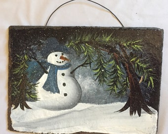 "MISTY SNOWMAN Hand Painted Slate PERSONALIZE Family Name Or Saying 6"" x 8 1/2"" Rounded Cut  Plaque Indoor / Outdoor w Christmas Trees"