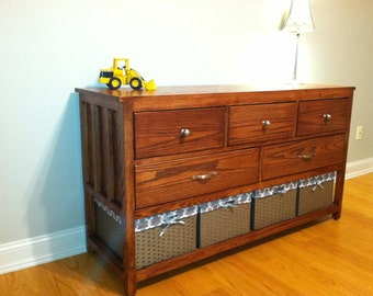 Dresser / Changing Table