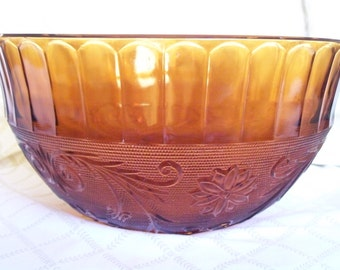 Vintage Punch Bowl with Cups: Anchor Hocking Sandwich Glass - Desert Gold