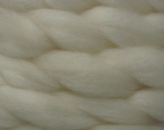 USA Undyed BFL Wool Roving Per Ounce / Bluefaced Leicester wool for Spinning Felting Fiber Arts