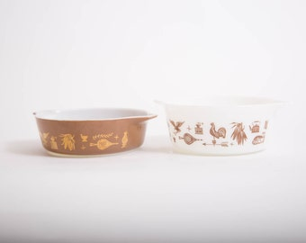 Vintage Pyrex Early American Set of Two White and Brown Casserole Dishes