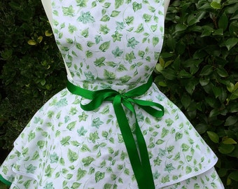 Pretty Green and White Vintage Style 2 tier Apron