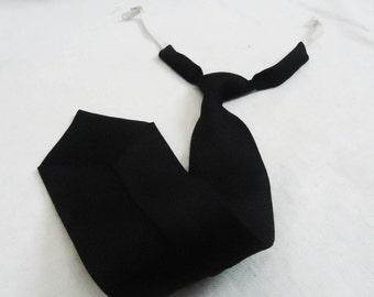 Vintage Mens Black Tie - Textile - Mens Necktie Ties - Narrow Black Tie, 60s Mens Tie, Gift for Him , Ribbing Close, Old Mens Black Tie