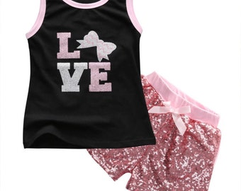 Love 2pc Girls Outfit Set. Pink Sparkle Shorts. Girls Clothing. Girls Shorts. Girls Tank Top. Photo Prop. Birthday Outfit. Baby Girl Outfit